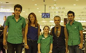 Gruppenfoto in türkischer Filiale